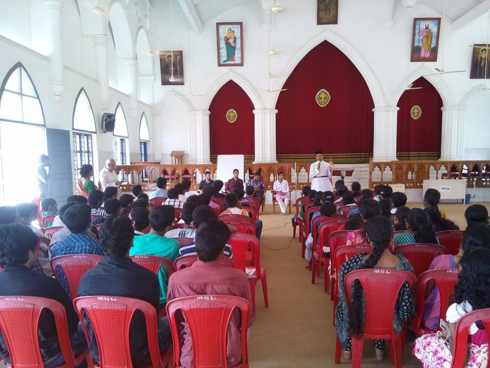 Teens Meet 2014 at Mar Elia Cathedral
